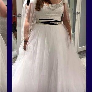 Flower girl dress and wedding dress